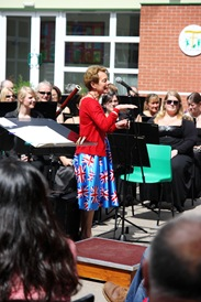 Diamond Jubilee Concert - Cindy Introductions