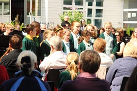 Diamond Jubilee Concert - School Choir 01